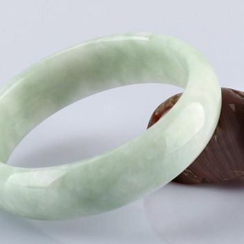 High Quality Light green Jade Bangles Grade A Pure Natural Jade Bracelet