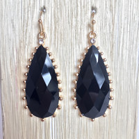 Black Frame Teardrop Earrings