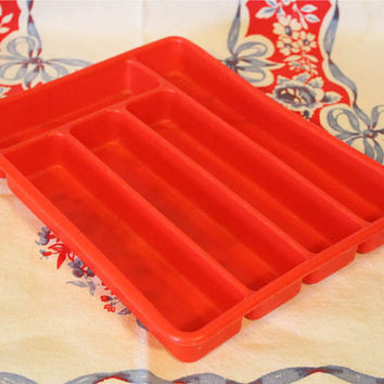 vintage plastic red silverware holder glamping camping retro kitchen utensil tray storage