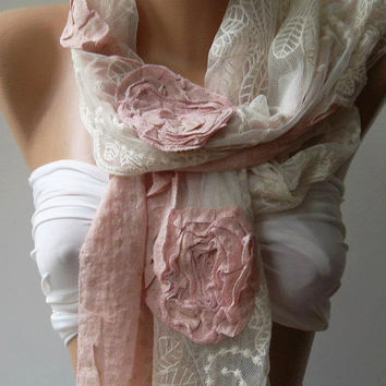 Pink Roses /  Elegant - Shawl / Scarf with Lace Edge