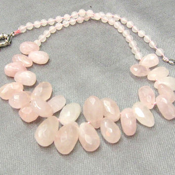 Rose Quartz Necklace, Pink Quartz  Jewelry, Faceted Teardrops in the middle, Love Gift, Trendy Gemstone