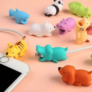ping 1pcs Cable Chompers Animal Protectors Bite