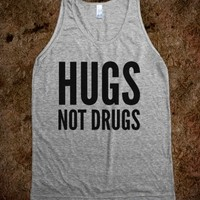 HUGS NOT DRUGS TANK TOP (IDB711529)