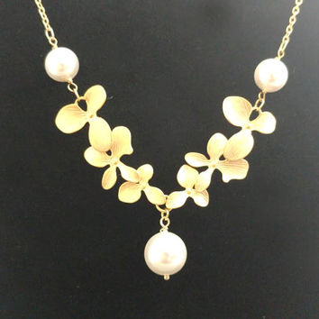 Triple, Pearl, Orchid, Gold, Silver, Necklace, Orchid, Flower, Jewelry, Lovers, Friends, Mom, Sister, Wedding, Anniversary, Gift