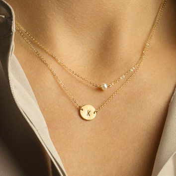 Single Pearl Necklace, Dainty Thin Gold Chain 14k Gold Fill or Sterling Silver with a Suspended Pearl  / Simple Layering Necklace LN613.L