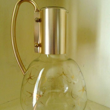 Glass Pitcher Carafe Decanter atomic retro vintage 60s Mad Men wine cocktail coffee tea juice beverage drinks gold starburst vase Pyrex