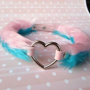 Furry Heart Choker, Fur Necklace, Pink Collar Choker, Pastel Goth, Vegan, Fuzzy Choker, Fairy Kei, Heart Chocker, DDLG Collar, Daddy Choker