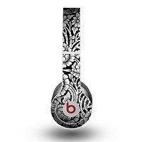 The Black & White Mirrored Floral Pattern V2 Skin for the Beats by Dre Original Solo-Solo HD Headphones