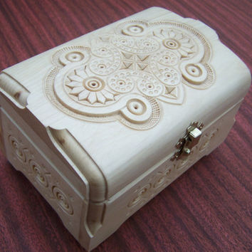 Ring box Jewelry box Wooden box Carved wood box by HappyFlying