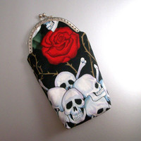 Skulls and Roses - Kiss Lock Case - for Glasses or Art Pens