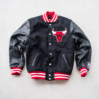 Mitchell & Ness Wool Jacket - Chicago Bulls
