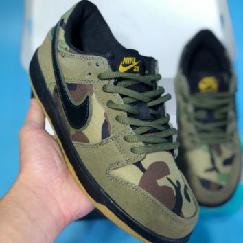 AUGUAU N523 Nike Dunk SB Staple Pigeon Low Breathable Skate Shoes Camouflage Green