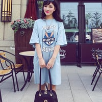 """Bugs Bunny Hunter"" Graphic Print Loose Sleeve Shirt Dress"