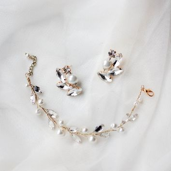 Bridal Bridesmaid Jewelry Set Gold Crystal Pearl Cluster Earring 569c8d31d2ae
