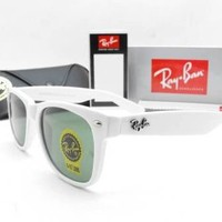 Ray-Ban® Wayfarer (White Editions)