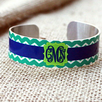 Medium Cuff Bracelet ~ Personalized Monogram Design your own ~ Mother's Day Gift ~ Original Gift ~ Birthday Gift Idea ~ Jewelry for Her
