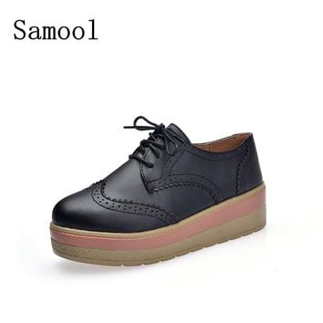 2017 Autumn Pu Leather Brogue Shoes Women Candy Colors Platform Oxfords British Style Creepers Cut-Out Flat Casual Women Shoes