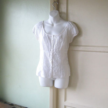 Simply Adorable White Peasant Blouse; Eyelet Lace Cap Sleeves~Women's Small-Medium Cotton Peasant Top; Free Shipping/U.S.