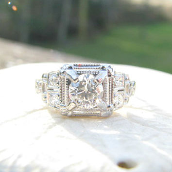 Art Deco Diamond Engagement Ring, Old European Cut Diamonds, Great Deco Style and Detail Work, 18K White Gold, Circa 1930s