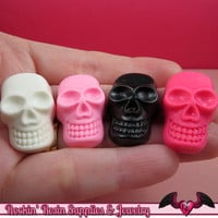 SKULL Kawaii Cabochons / Skeleton flatback resin decoden cabochon (4 pieces)