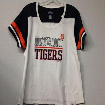 ESBON MLB Detroit Tigers Women's Plus Size Overwhelming Victory Scoop Neck T-Shirt