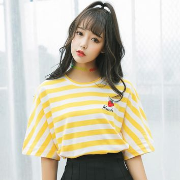 Ulzzang Harajuku Strawberry Embroidery Top T Shirt Women Summer Harajuku Kawaii Striped Tops Tshirt Cute Fruit Tops K'665