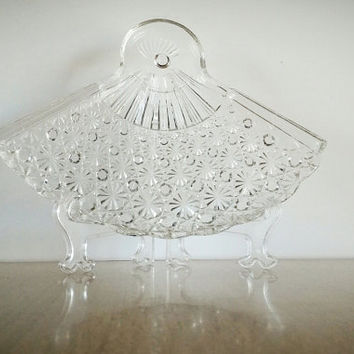 Anchor Hocking Daisy Button Fan Plate, Anchor Hocking Glass Snack Plate Fan Design