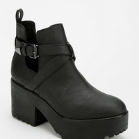Deena & Ozzy Cutout Platform Ankle Boot - Urban Outfitters