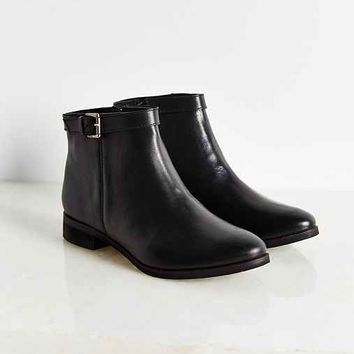 Della Side Buckle Boot