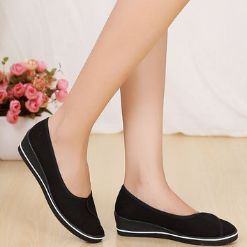 Casual Women Work Shoes
