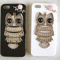 Silver Tone Black Eyes Owl Floral Iphone 4 4s 5 Case 2 by HiStyle