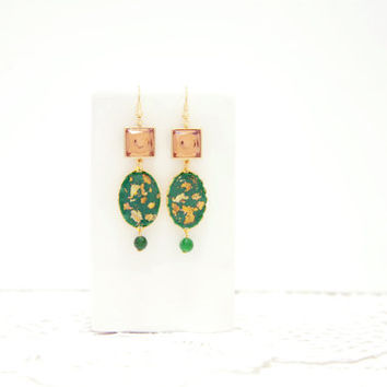 Geometric emerald dangle earrings. Statement earrings.