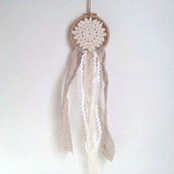 Dream catcher, dreamcatcher, burlap wreath, rustic wedding decor, bedroom decor, doily dreamcatcher, vintage lace, beach wedding