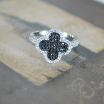Black Clover Ring, Iconic Lucky Clover Ring, Micro Pave Cocktail Ring, Classic Everyday Ring, Sterling Silver Ring