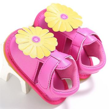 Newborn New Baby Girls Flowers Design Leather Shoes Summer Princess Soft Sole Shoes Sn