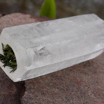 RAW Quartz Crystal Pipe