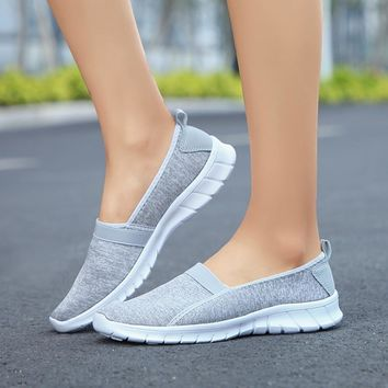 Fashion Women  Soft Sole Slip-on Breathable Casual Shoes Lazy Shoes Flat feminino esportivo Loafers Shoe zapatilla mujer