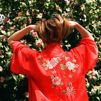 Vintage Red Japanese Silky Soft Floral Womens Kimono
