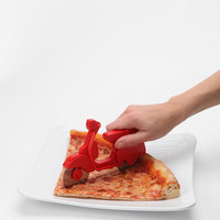 Urban Outfitters - Scooter Pizza Cutter