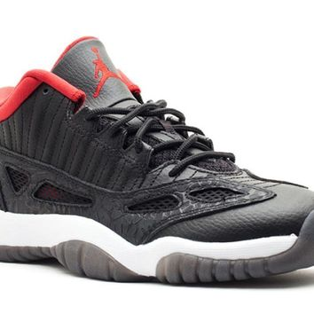 AIR JORDAN 11 RETRO LOW (GS) '2011 RELEASE'