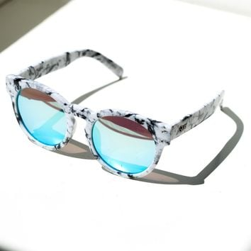 Quay High Emotions Sunglasses Blue