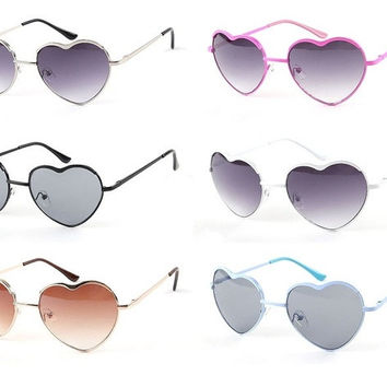 2015 Sunglasses Women Fashion Brand Designer Glasses Love Heart Style Vintage  Outdoor Summer Retro Sun Glasses Shades = 1946048580