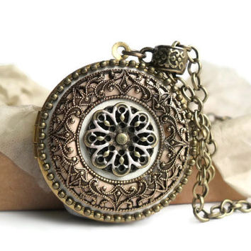 Womens Locket Necklace - Locket Gift For Girlfriend - Mother Locket Necklace - Antique Vintage Locket - Antique Locket Victorian - Filigree