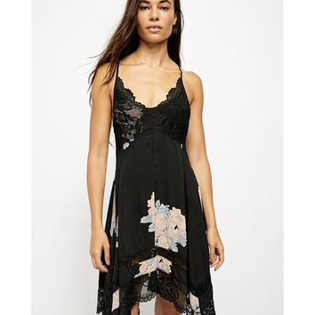 Table 4 Two Trapeze Dress Black