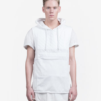 Sleeveless Quilted Pullover in White
