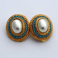 Vintage Gold Tone Faux Pearl and Turquoise Clip On Earrings