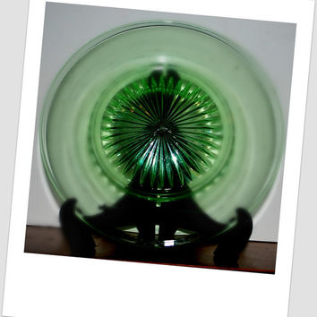 Vintage  green depression glass plate star burst pattern