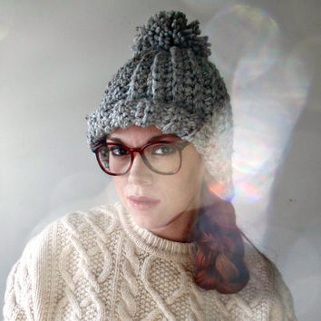 Super Chunky Pom Pom Hat. Heather Gray.