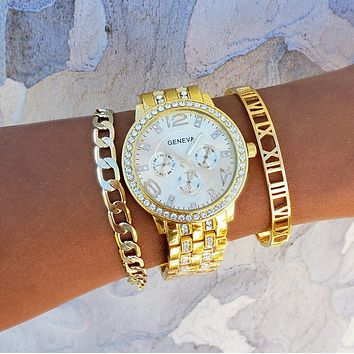 Chunky Chain & Roman Numeral Watch Stack