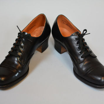 Vintage 30s 40s Oxfords Granny Shoes - Black Leather Lace Up  Swing Heels Size 6 1/2 AA